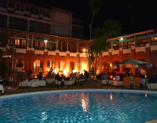 piscine2 500x393 Infos générales   Banquets